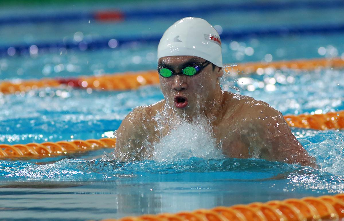 曹傑刷新男子100米蛙泳澳門及大會紀錄奪冠